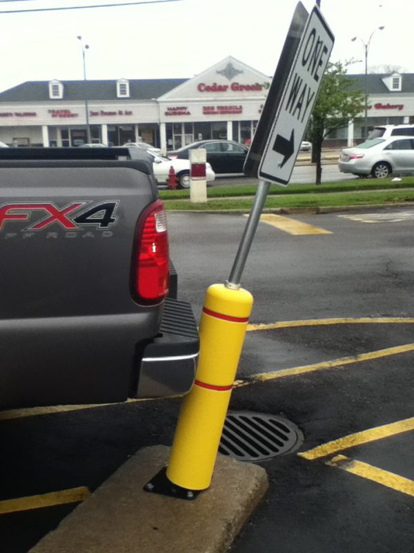 Photo of a flexible bollard gard